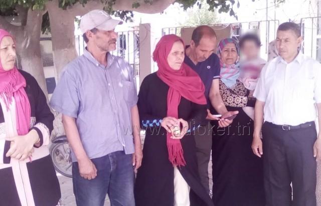 وقفة احتجاجية لمتساكني حي النزهة بمدينة سليانة